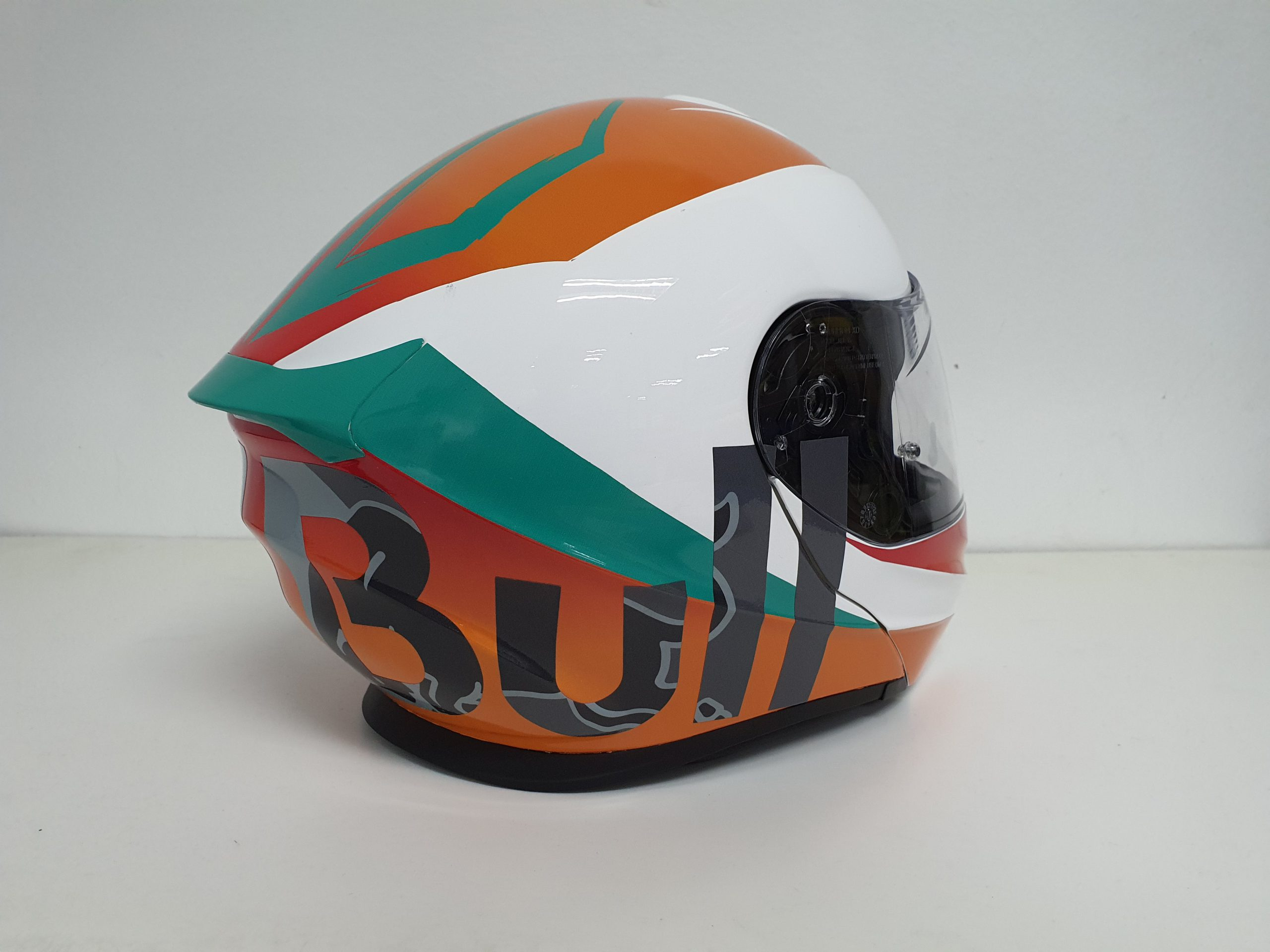 """The Right Profile of the Scorpion Helmet shows the word """"Bull"""""""